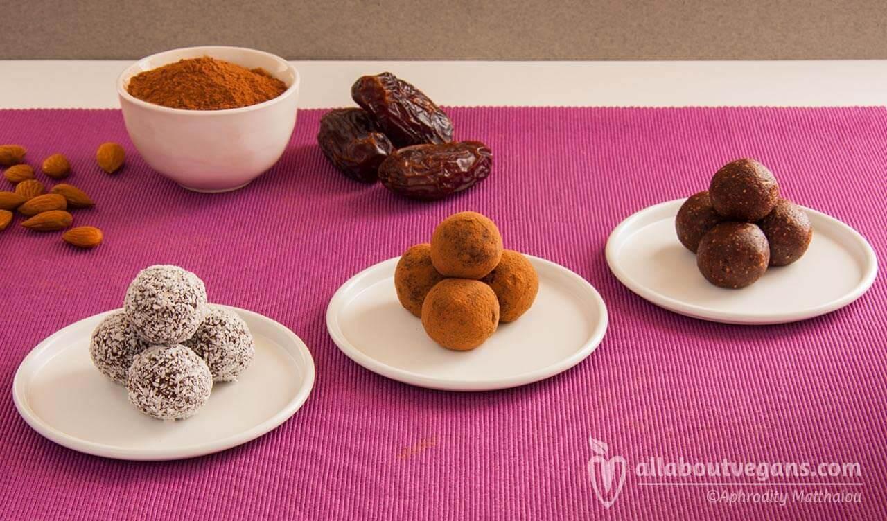 Θεϊκά vegan ωμοφαγικά σοκολατένια τρουφάκια χωρίς ζάχαρη!