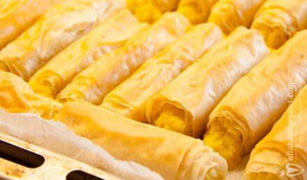 Τραγανά μπουρεκάκια πατάτας με πράσο και μοσχοκάρυδο (νηστίσιμα & vegan)
