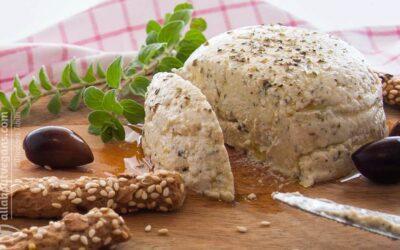Nηστίσιμη φέτα σε 5 λεπτά (vegan συνταγή)